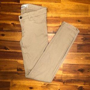 Hollister Skinny Tan / Khaki Jeans Size 3R